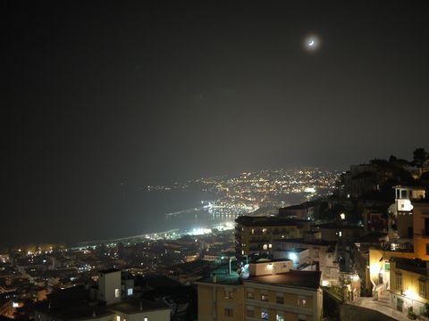 ナポリの夜景