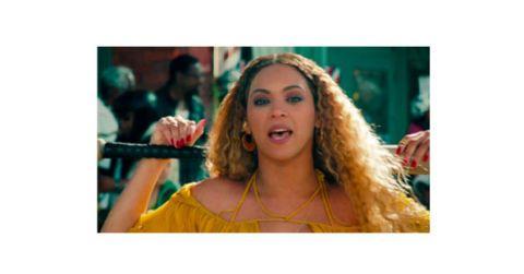"""<p>          いつもシンプルなネイルが多いビヨンセ。彼女の最新アルバム『Lemonade』のMV撮影で現場に行き、ネイルを担当(写真はアルバム収録曲<a href=""""https://www.youtube.com/watch?v=PeonBmeFR8o"""" target=""""_blank"""" data-tracking-id=""""recirc-text-link"""">『Hold Up』</a>)。カラーはビヨンセからのリクエストでレッドの単色に。本人が出る前のリハーサル用のモデル(ダブル)にも同じネイルをしています!   </p>"""