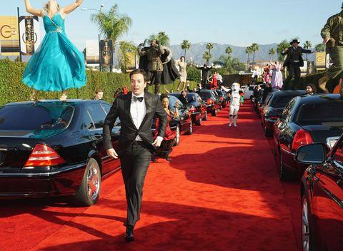 Motor vehicle, Vehicle, Land vehicle, Automotive design, Automotive tail & brake light, Automotive exterior, Dress, Trunk, Luxury vehicle, Automotive lighting,