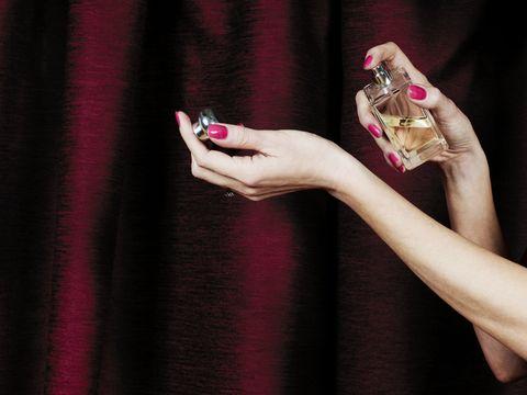 Finger, Hand, Nail, Pink, Wrist, Magenta, Carmine, Mobile phone, Nail care, Violet,