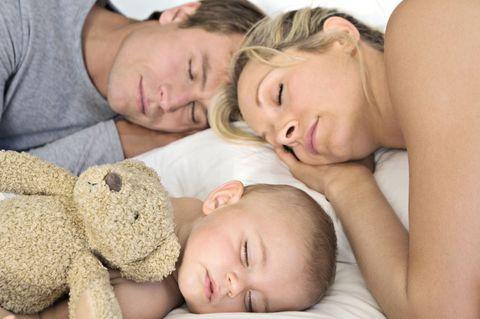 子供ができても、男性の「睡眠時間」は減らない!?