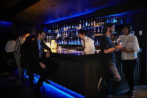 <p>ホテルにいる男性はある程度の経済力があると思って良し。友達と行けば即席合コン、1人で立ち寄りその場にいる男性たちと会話が広がれば何かのご縁。いい人がいればお酒の力を借りて、積極的にアプローチすべき!</p><p>そこで今回はお酒が美味しいのはもちろん、ラグジュアリーな雰囲気で、確実に出会える(?)ホテルのバーを厳選してご紹介!</p>