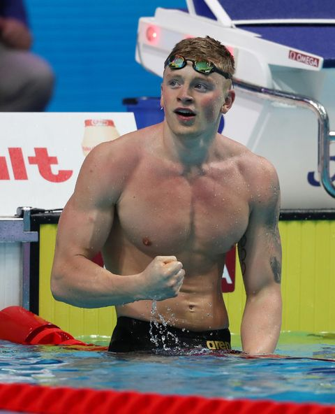 "<p>イギリス代表、22歳。100m&50m平泳ぎ 金メダル獲得。<span class=""redactor-invisible-space""></span></p>"