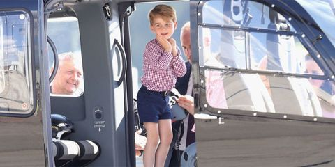 Shoulder, Active shorts, Vehicle door, Automotive window part, Bermuda shorts, Car seat,