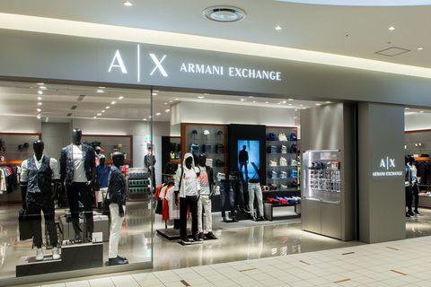 e9f3814b0a3a 「ジョルジオ アルマーニ」のイタリアンスピリットを継承し、カジュアルスタイルを提案する「A Xアルマーニ  エクスチェンジ」。そんな同ブランドが、複合施設 ...