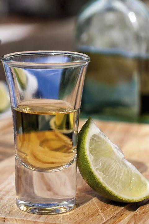 皮膚科医が教える、お肌のために「おすすめできないお酒」