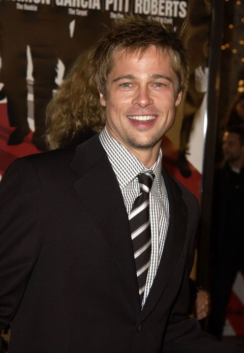 "Brad Pitt during World Premiere of ""Ocean's Eleven"" at Mann's Village Theatre in Westwood, California, United States. (Photo by SGranitz/WireImage)"