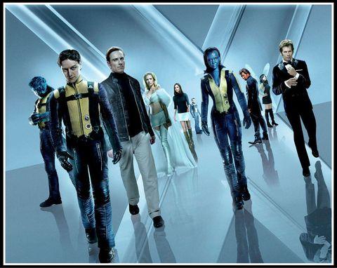 """<p>大ヒットシリーズ『X-MEN』の5作目にして、新スタートを切った第1作目。1962年のキューバ危機を背景に、ミュータントチームX-MENの誕生を描くSFアクション大作。強力なテレパシー能力を持つ青年チャールズはある日、金属を自在に操れるミュータントのエリックと出会う。ミュータントの能力を人類の平和に活かしたいチャールズはエリックに協力を請い、2人は友情を育みつつ世界中のミュータントをスカウトしていく。ジェームズ・マカヴォイ、ニコラス・ホルト、マイケル・ファスベンダーらのほか、フレッシュなイケメンが登場。若手俳優の青田買い的な視点で観るのも楽しい。シリーズおなじみのヒュー・ジャックマンの姿も。<span class=""""redactor-invisible-space"""" data-verified=""""redactor"""" data-redactor-tag=""""span"""" data-redactor-class=""""redactor-invisible-space""""></span></p>"""
