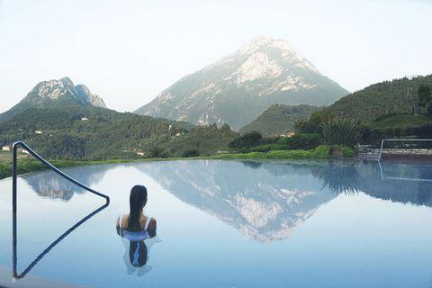 "<p>「ルファイ リゾート&スパ ラーゴ ディ ガルダ(Lefay Resort &amp; SPA Lago di Garda)」<span class=""redactor-invisible-space"">(イタリア)</span></p>"