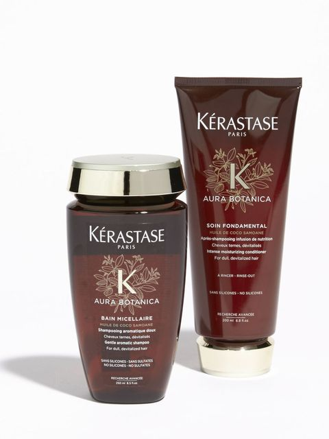 Product, Beauty, Tan, Brown, Skin care, Water, Cream, Moisture, Material property, Hand,