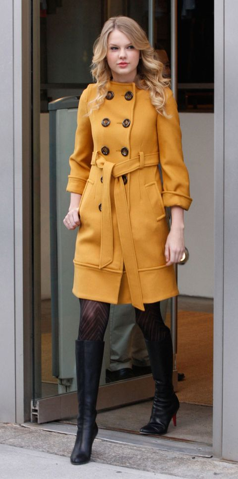 Clothing, Overcoat, Coat, Trench coat, Yellow, Outerwear, Fashion, Blond, Duster, Knee,