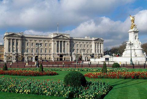 メインの居城:バッキンガム宮殿