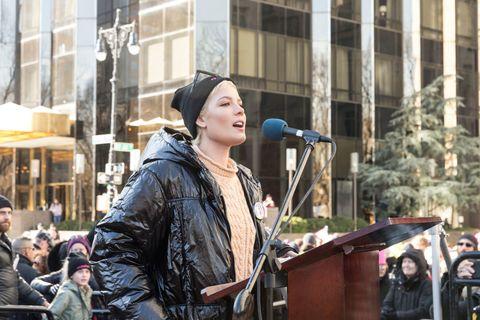 Halsey speaks at women's march in New York