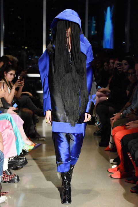 Fashion show, Runway, Fashion, Fashion model, Clothing, Event, Electric blue, Public event, Fashion design, Footwear,