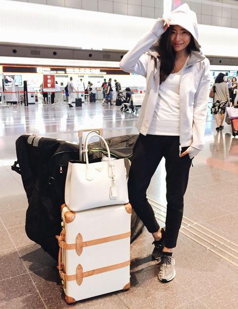 <p>スポーツや旅を通して、自分らしい生き方を追求するモデルの福田萌子さん。最近は御令嬢モデルとしてメディアで注目を集めている彼女に、私物バッグの中身を見せてもらいました! 普段から持ち歩いているという、実用性重視の厳選されたアイテムに注目です。</p>
