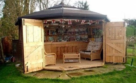 - Here's Why Tiny Bar Sheds Are The Hottest New Trend