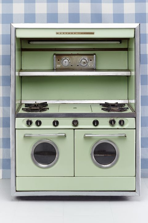White, Major appliance, Line, Metal, Machine, Grey, Gas, Rectangle, Parallel, Circle,