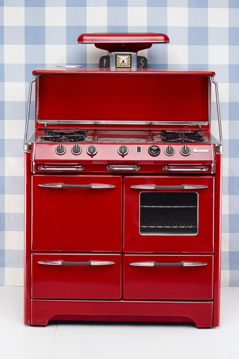 Red, Drawer, Line, Maroon, Cabinetry, Kitchen appliance accessory, Material property, Major appliance, Rectangle, Gas,
