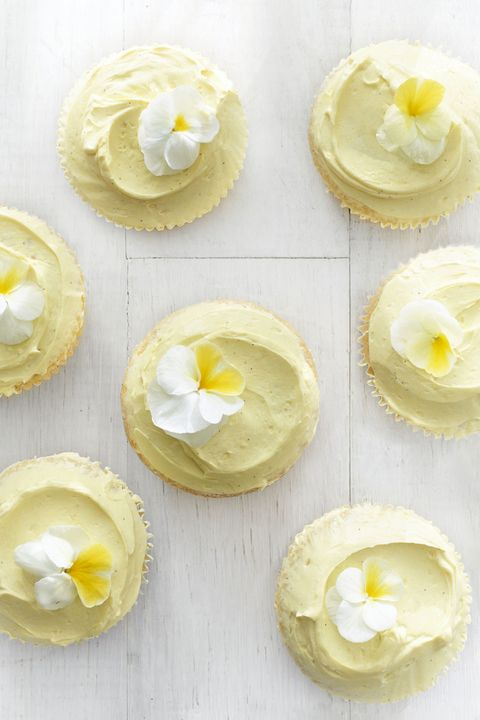 food, yellow, dish, buttercream, meringue, cuisine, cream cheese, ingredient, dairy, icing,