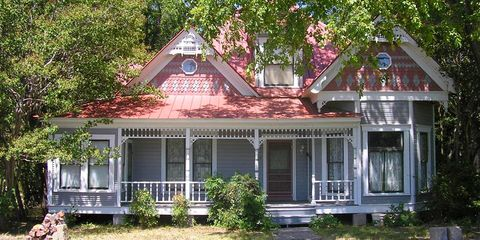 Historic Homes for Sale Under $150,000 in America - Here's What a