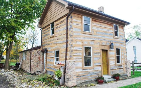 Historic Homes for Sale Under $150,000 in America - Here's