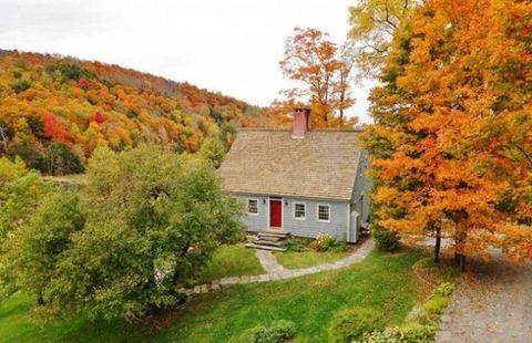 Window, Deciduous, Leaf, Tree, Landscape, House, Natural landscape, Autumn, Rural area, Slope,