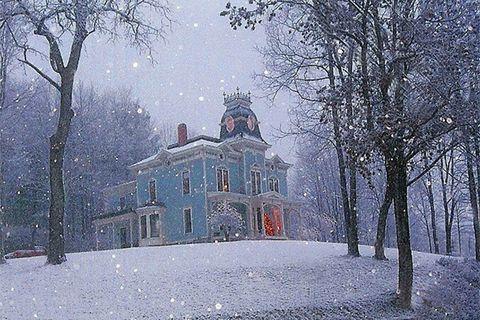 Winter, Freezing, Atmospheric phenomenon, Snow, Frost, Paint, Winter storm, Precipitation, Painting, Manor house,