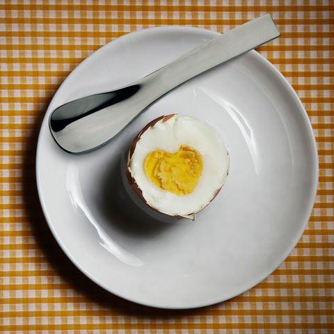Serveware, Dishware, Food, Ingredient, Egg yolk, Egg white, Tableware, Kitchen utensil, Dish, Breakfast,