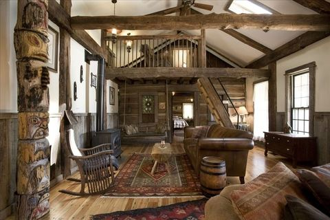 Homeaway Log Cabin - Rustic Decorating Ideas