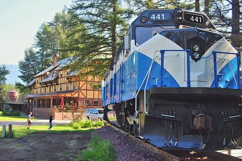 Renovated Train Car Hotel in Montana - Travel USA