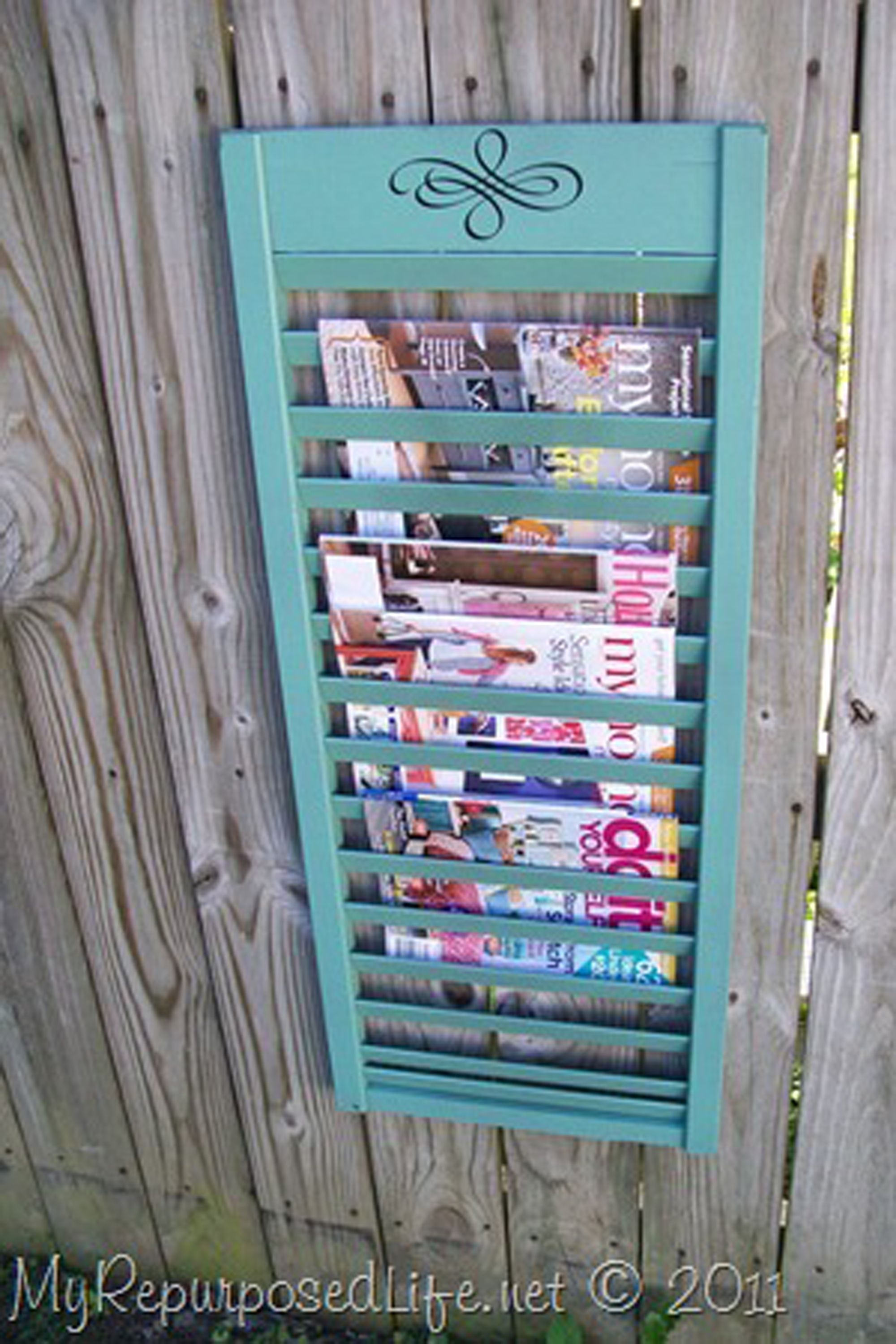 11 Clever DIY Magazine Storage Ideas - DIY Magazine Holder