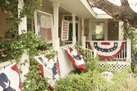 Plant, Property, Neighbourhood, Real estate, House, Building, Home, Door, Residential area, Garden,