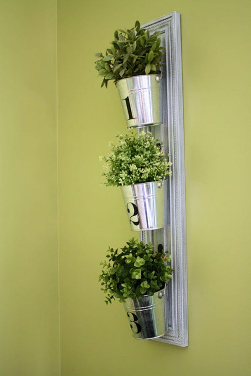 26 Creative Ways to Plant a Vertical Garden - How To Make a Vertical ...