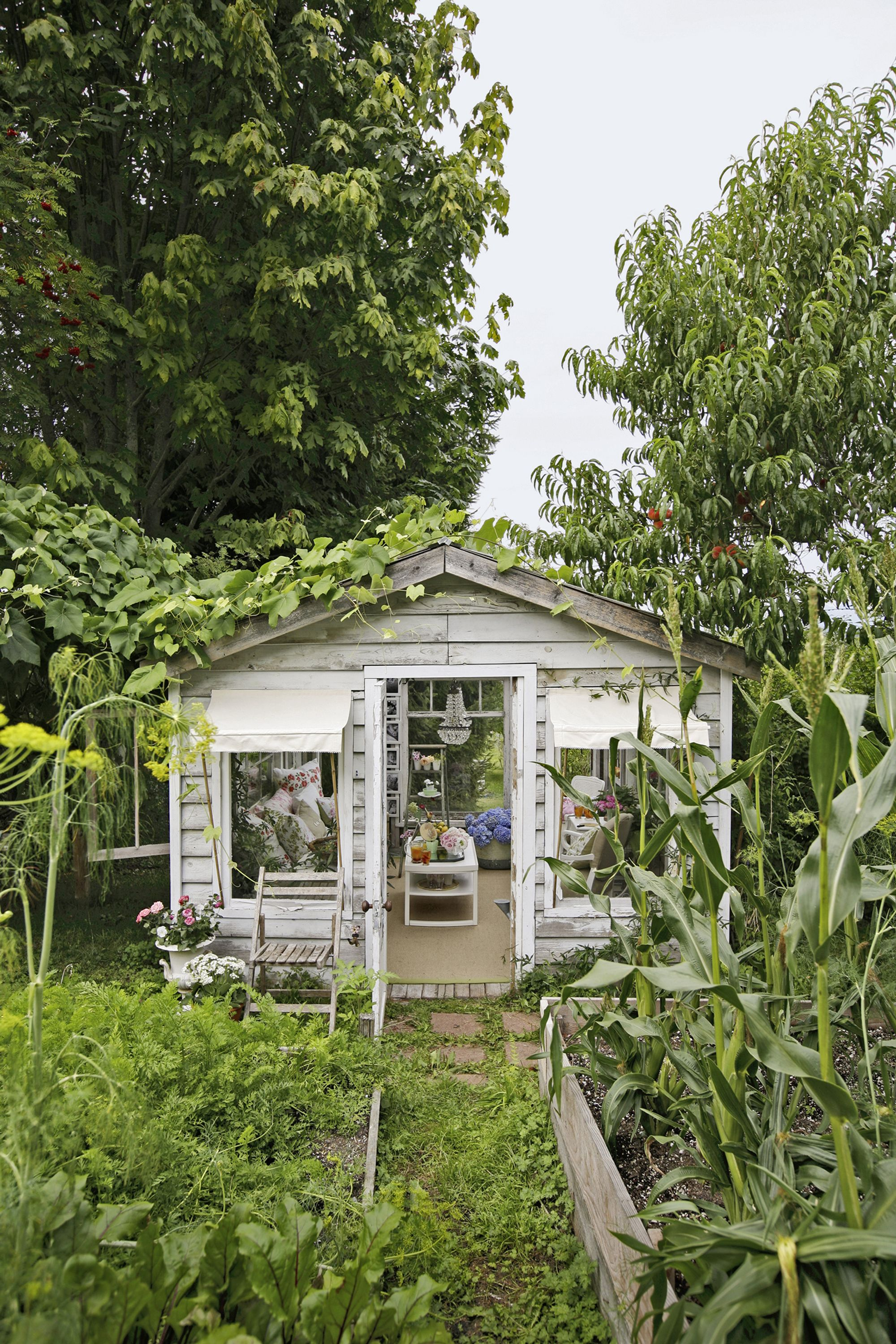 Glamorous Garden Shed Makeover - Shabby Chic She Shed Decorating