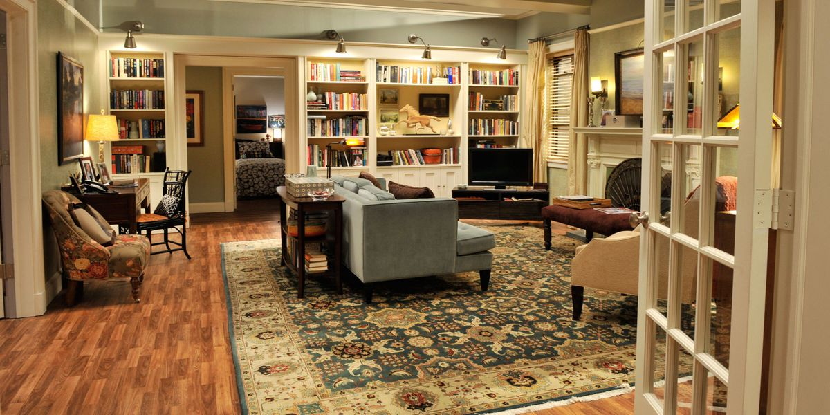 A Tv Set Decorator S Step By Step Guide To Making Any Room Look Prime Time Ready 8 Smart Decorating Tips From The Good Wife S Beth Kushnick