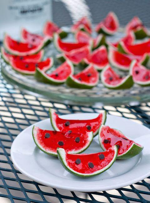 Food, Citrullus, Dishware, Serveware, Produce, Fruit, Ingredient, Red, Tableware, Melon,