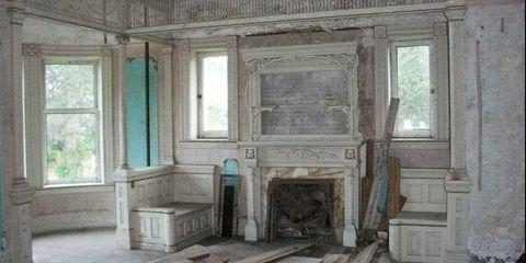 Wood, Window, Room, Property, Floor, Hearth, Wall, Interior design, Ceiling, Fixture,