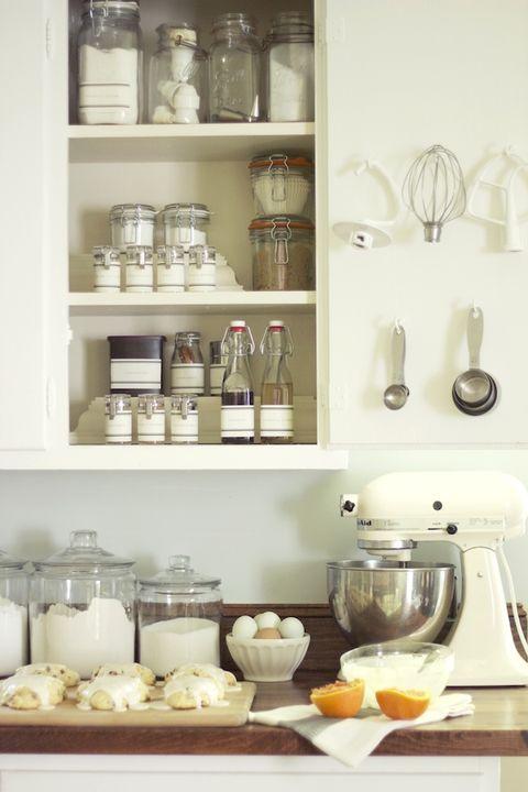 Serveware, Dishware, White, Shelving, Shelf, Tableware, Porcelain, Kitchen utensil, Bottle, Ceramic,