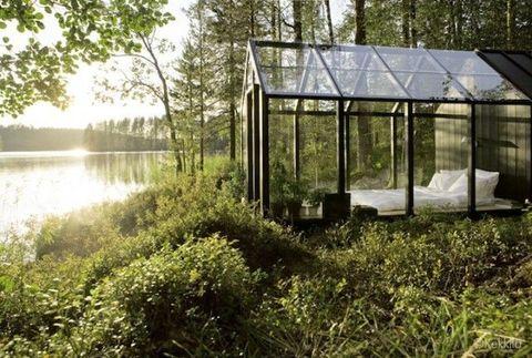 Plant community, Bank, Greenhouse, Sunlight, Reservoir, Shade, Shrub, Pavilion, Wetland, Outdoor structure,