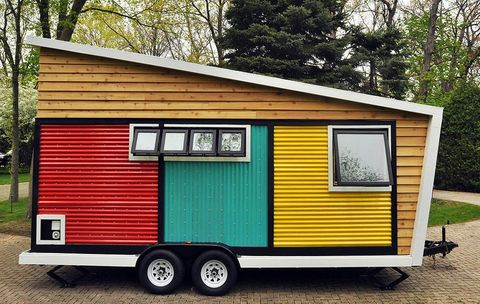 7 Small-Space Decorating Tips to Steal From This Tiny Mobile ... on pod homes, 1000 sq ft. small homes, busses from tiny homes, tiny key west homes, 400 sq ft. small homes, tiny pueblo homes, mini custom homes,