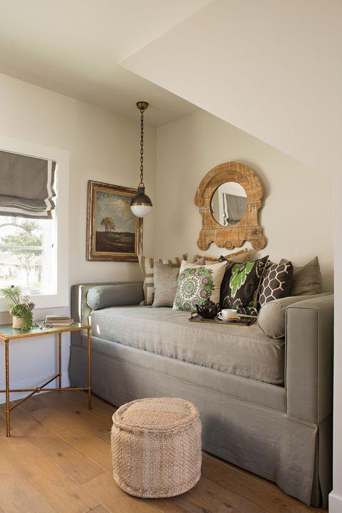 Room, Interior design, Brown, Green, Wall, Home, Furniture, Floor, Flooring, Living room,