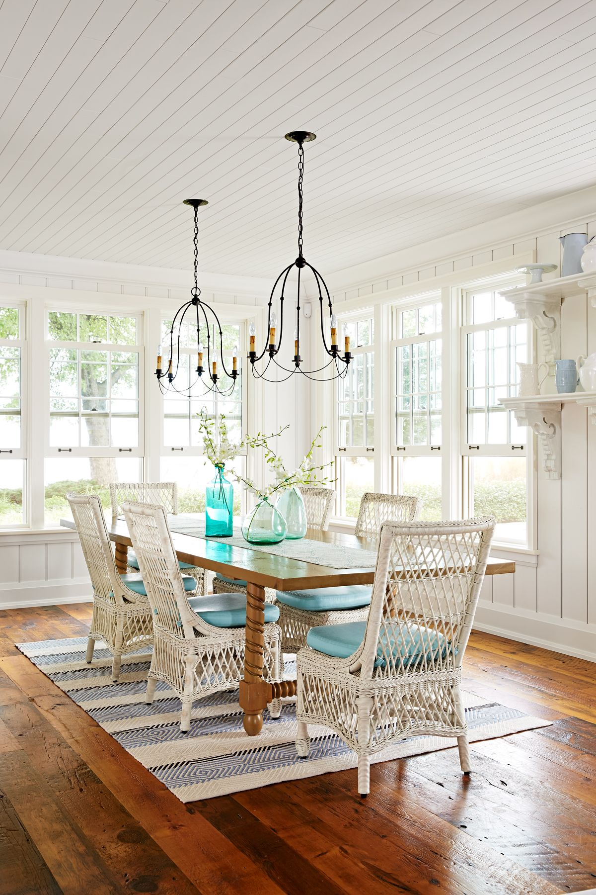 Sarah Richardson Lake House - Cottage Decorating Ideas