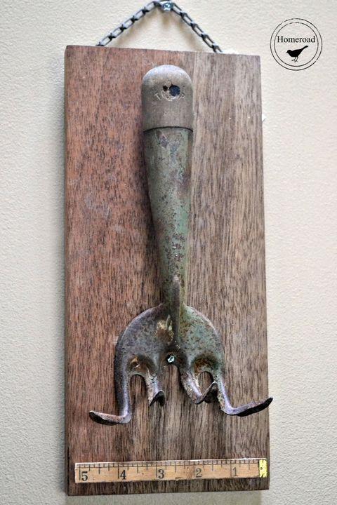 Wood, Metal, Iron, Household hardware, Handle, Number, Bronze,