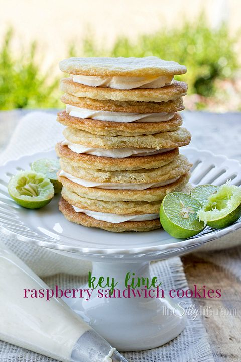 Food, Dishware, Plate, Serveware, Tableware, Finger food, Cuisine, Breakfast, Lemon, Dish,