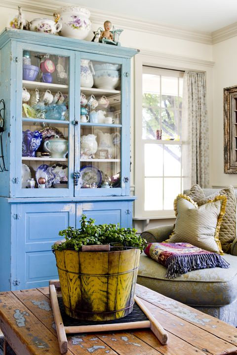 Blue, Flowerpot, Room, Interior design, Interior design, Home, Purple, Teal, Hutch, Pillow,
