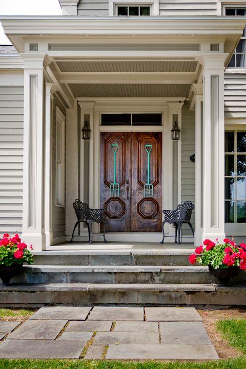 Plant, House, Property, Flowerpot, Home, Real estate, Building, Porch, Home door, Door,