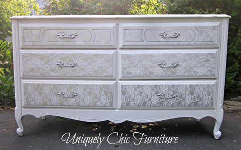 Wood, Drawer, Chest of drawers, White, Rectangle, Black, Dresser, Cabinetry, Grey, Natural material,