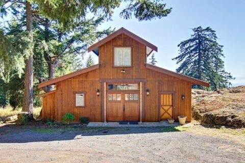 Wood, Property, Door, Landscape, Land lot, Real estate, Facade, House, Woody plant, Hardwood,