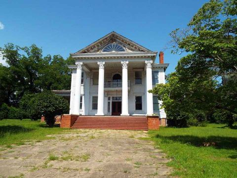 Property, Land lot, Real estate, Landmark, Home, Stairs, House, Door, Brick, Mausoleum,