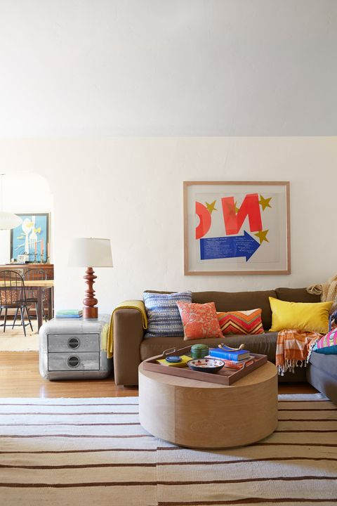 Room, Interior design, Interior design, Picture frame, Home, Pillow, Paint, Basket, Living room, Throw pillow,